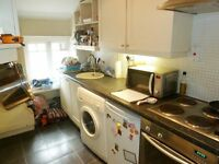 Cosy 1 Bed Period Flat On Marjorie Grove Short Walk To Clapham Common Must Have A Look