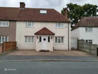 Parking Space available to rent in Carshalton (SM5)