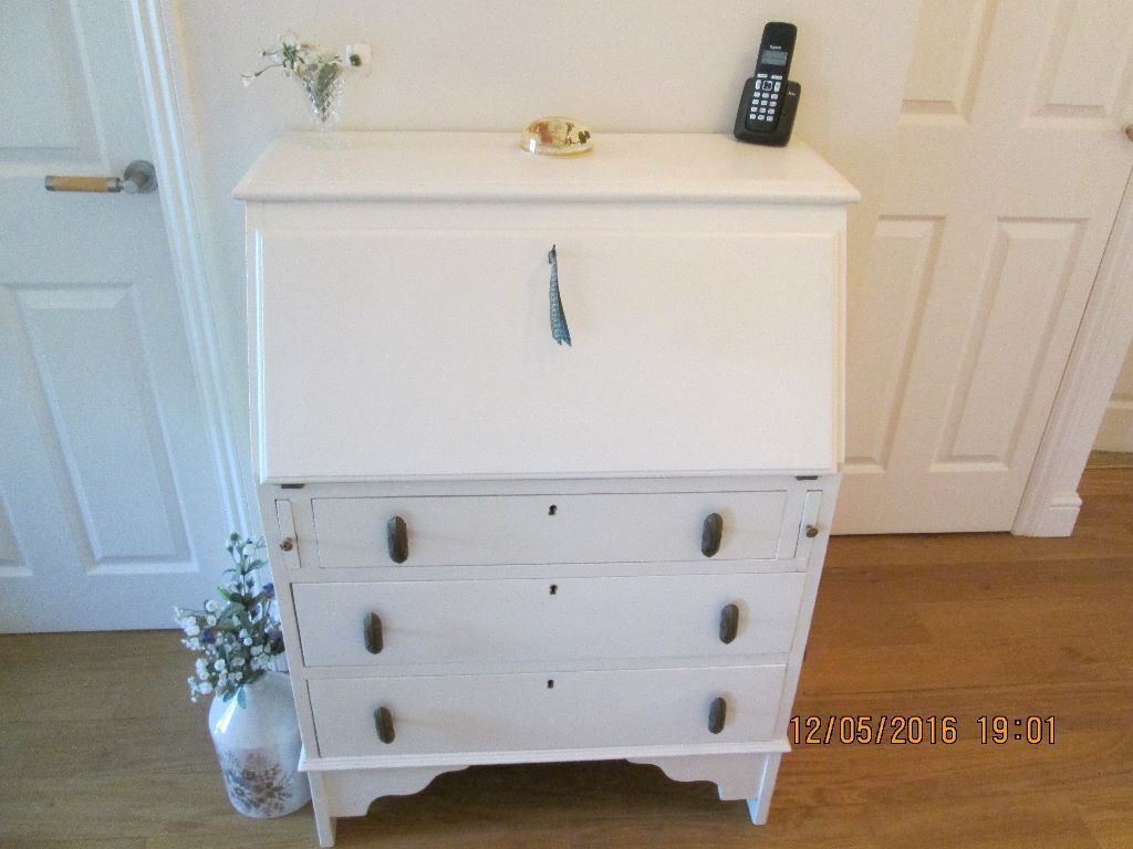 solid oak bureau writing desk painted laura ashley country white in benfleet essex gumtree. Black Bedroom Furniture Sets. Home Design Ideas