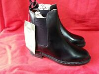 Loveson Neston Black leather riding boots. Brand new Boxed size 3