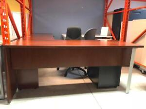 Knoll L-Shape Desk with Mobile B/B/F and F/F Pedestal - $299