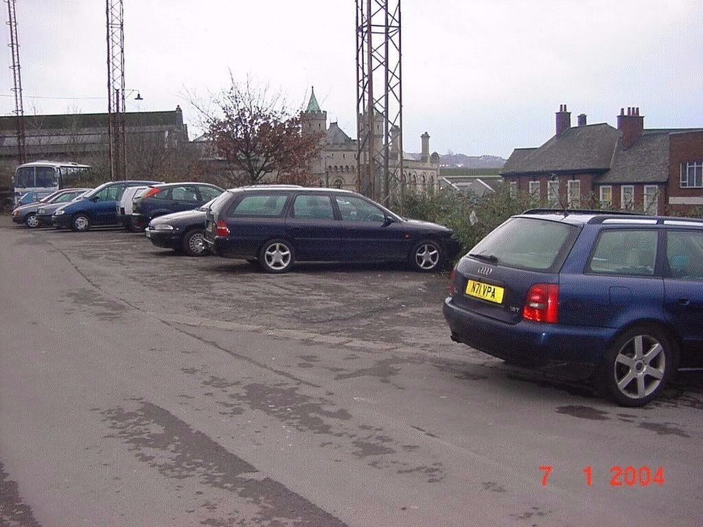 Allocated, Secure,CCTV Monitored Parking Bays,10 Mins Walk To***TEMPLE MEADS STATION & QUAY***(915)