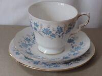 Bone China_Blue Braganza pattern Colclough Tea service with Teapot, milk jug, sugar bowl, cake plate