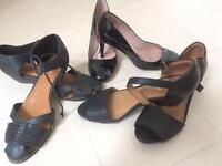3 pairs shoes . New looking size 7