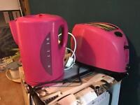Pink kettle & toaster plastic
