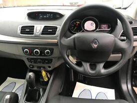 2009 (59 reg) Renault Megane 1.5 dCi Extreme 5dr Hatchback Turbo Diesel 5 Speed Manual