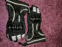 Weise gloves