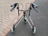 3 WHEELED - TRI WALKER / WALKING MOBILITY AID - WITH BRAKES