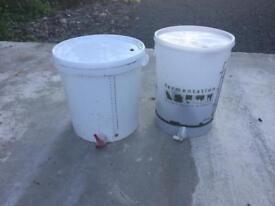 Homebrew equipment (keg, barrel, fermenter)