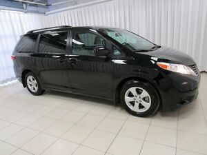 2017 Toyota Sienna AT LAST, THE PERFECT VEHICLE FOR YOU!! LE  MI