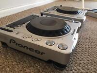 Pioneer CDJ 800 Mk2 x2 (pair) DJ decks for sale great condition!