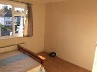 Large Double Room Available now in Shared House. Inc all Bills. £ 95pw