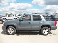 2010 GMC Yukon SLT, Heated seats, Sunroof, Bose Sound System, Re