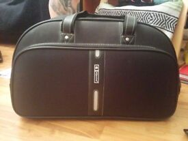 Black suitcase in good condition for just £10