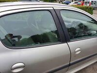 Peugeot, 206, Hatchback, 2004, Manual, 1124 (cc), 5 doors
