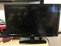 21 inch LG tv screen is not working. Could be used for parts. £15