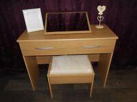Modern New Hallingford Dressing Table, Stool And Mirror In Light Oak (#131)