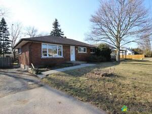$369,900 - Bungalow for sale in Brantford