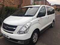 2009 Hyundai i800 2.5 CRDi Style MPV 5dr (8 seats) white full leather full mot