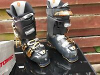 ATOMIC Ski Boots 26.5 almost new