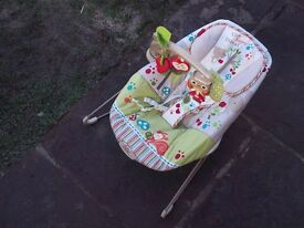 Woodsy Friends Comfy Time Bouncer - Fisher Price - X3844
