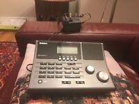 Uniden UBC360CLT Base Station Scanner with AM/FM Radio & Alarm Clock airband