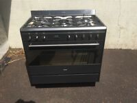 Smeg 5 ring gas range cooker with electric oven