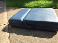 Master massage couch / massage table