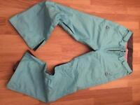 Surfanic snowboard women's trousers - Size Medium - £25 Ono (+postage)
