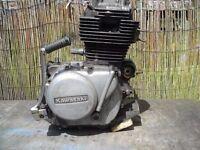 Kawasaki Z200 Engine