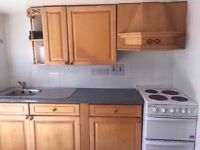 studio to rent in luton , close to town £500 pm