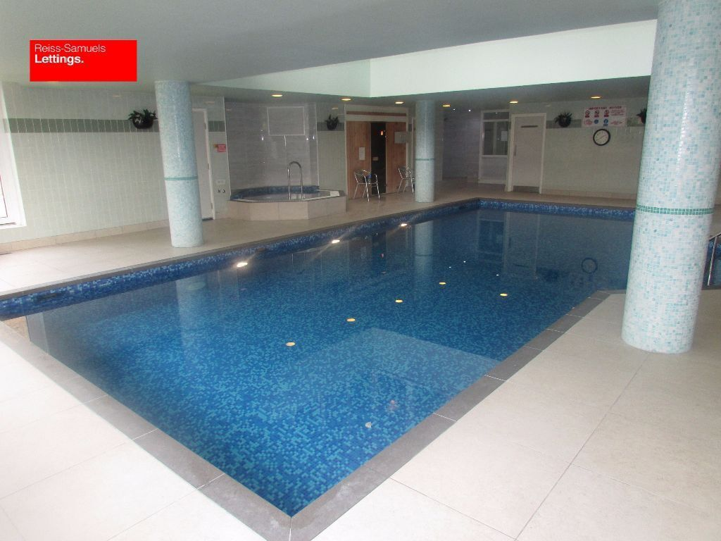 LARGE 5 DOUBLE BEDROOM-4 BATHROOM TOWNHOUSE WITH GYM-POOL-CONCIERGE-SAUNA-STEAM ROOM-JACUZZI E14