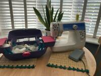 Sewing machine (needs repairing) with vintage sewing Accessories