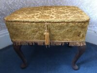 sewing box - charming and stylish, excellent condition
