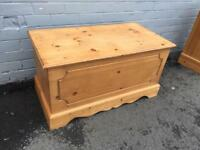 Solid pine blanket box (delivery available)