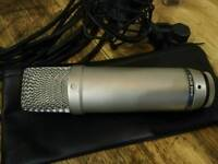 Rode NT1a microphone with XLR and shock mount