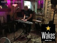 Live PA alongside your DJ!!! Funky Old Skool House Piano Mashup - Wakes