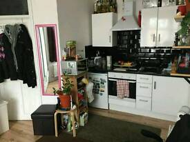 Studio flat Private let Fixed Rent