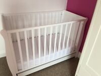 White wood cot with mattress and 2 super soft fitted sheets