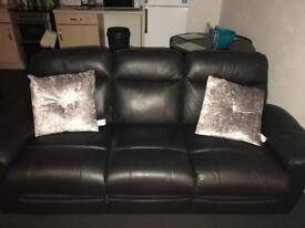 Black leather 3&2 seater recliners