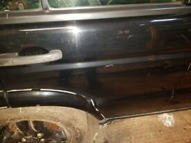 Land Rover Discovery 2 offside rear door BLACK.