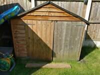 Garden shed / storage
