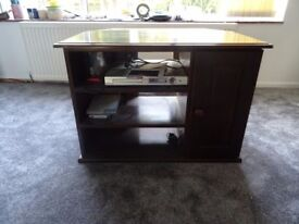 reduced-SOLID WOOD TV UNIT