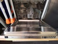 NEFF 3 in 1 dishwasher built-in integrated fully working. 2 years old.DELIVERY IS AVAILABLE