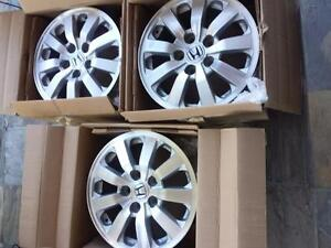 THREE RIMS ONLY . NOT FOUR. $ 220 EACH HONDA ODYSSEY FACTORY OEM 16 INCH ALLOY WHEELS.