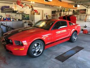 2005 Ford Mustang GT. Fantastic Condition!! Priced to sell!!