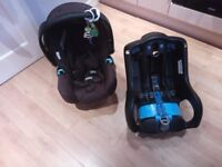 Graco car seat with base. Outgrown and need it gone for space hence selling. Neatly used.