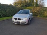 VW Polo 1.2 3 door Silver Great First Car Immaculate Inside, Small crack in front grill/bumper