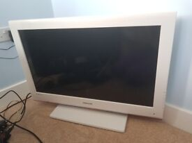 Samsung HD TV white 32 inch