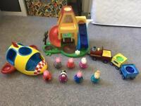 Peppa Pig Weebles Bundle - Playhouse, Rocket, Train, 7 Characters